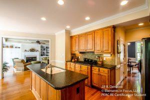 Kitchen_Fam Rm_DR_399